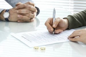 spouses signing divorce decree